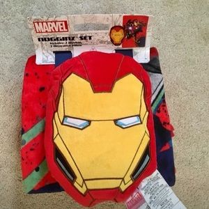 Marvel pillow and throw